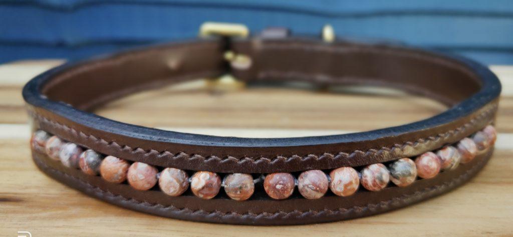 Leopardskin bead dog collar